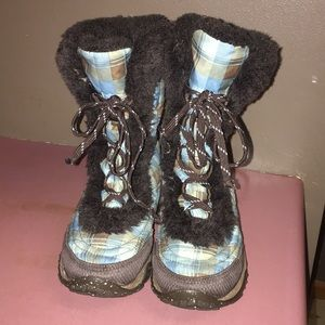 NORTHFACE BOOTS GIRLS SIZE 1
